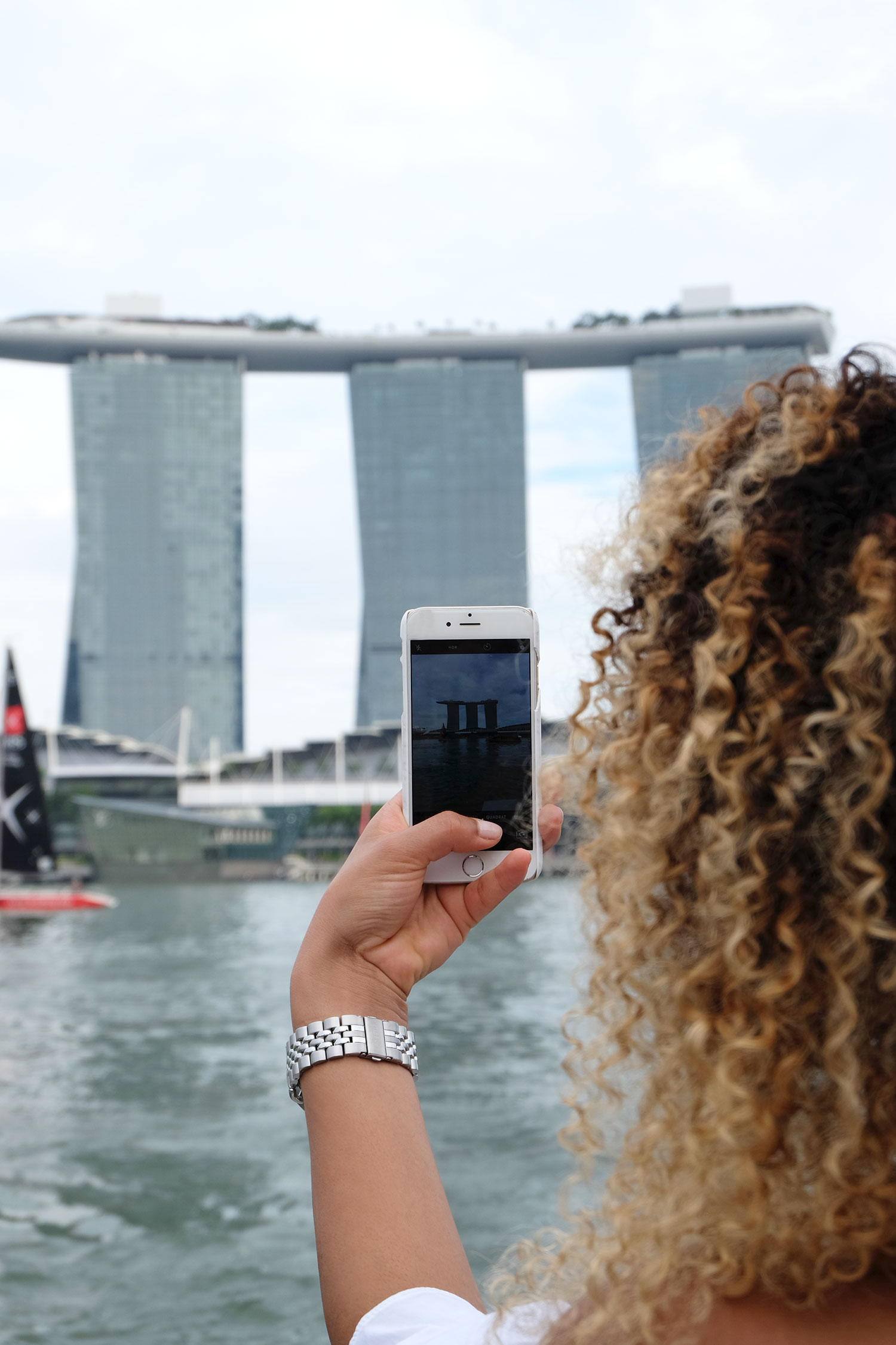curls-all-over-travels